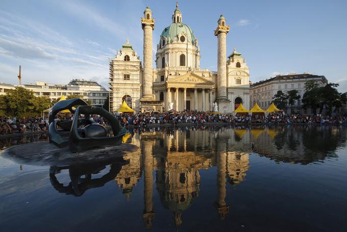 Karlsplatz in Wenen