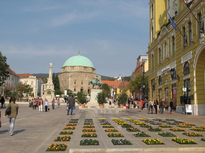 Plein in Pécs, Hongarije