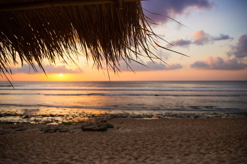 Bali zonsondergang op het strand