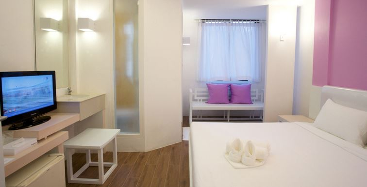 Wit met roze hotelkamer Bangkok