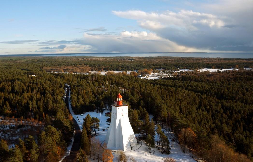 De oude vuurtoren Kõpu op het eiland Hiiumaa in Estland