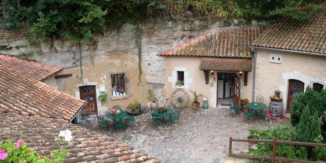 Rochemenier, Frankrijk