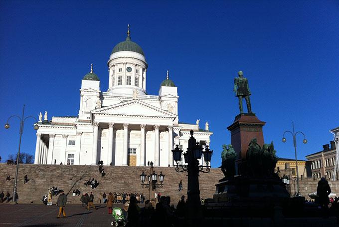 Senaatsplein, Helsinki © Lewis Packwood