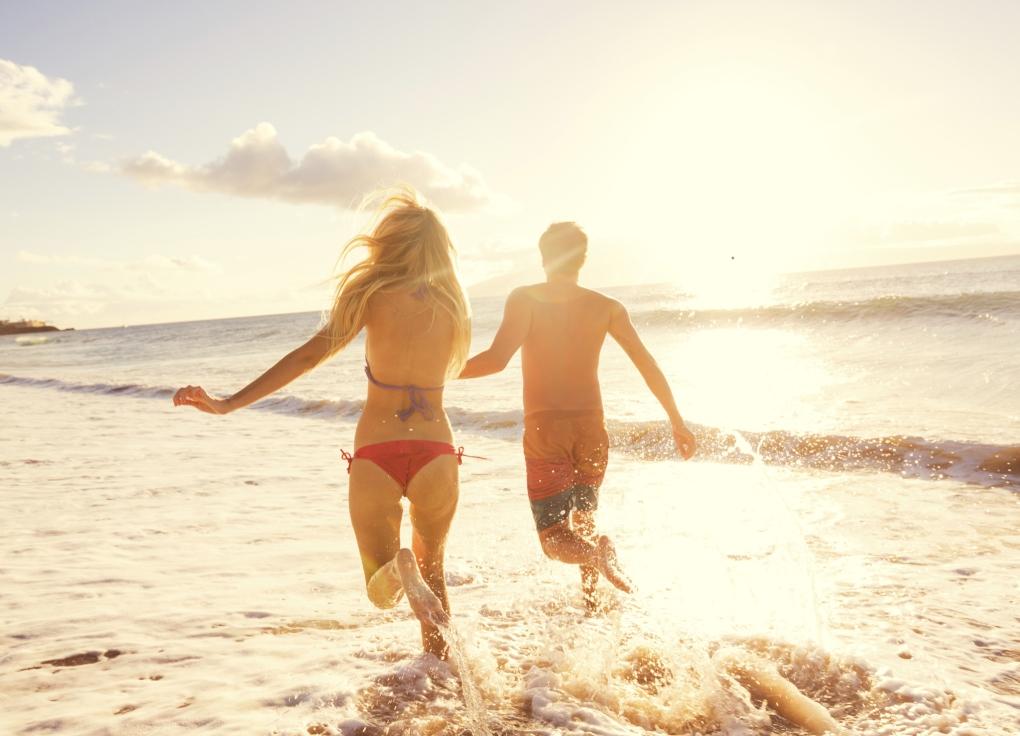 strand_zwemmen_zon_zee_strandvakantie_vakantie