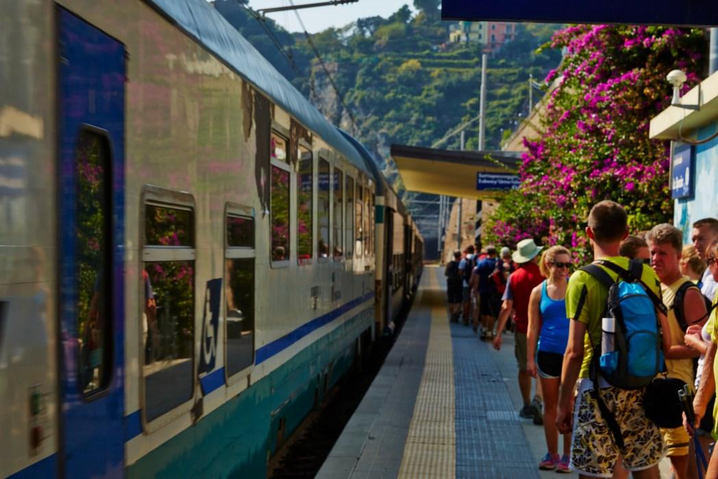 Toeristen in Cinque Terre