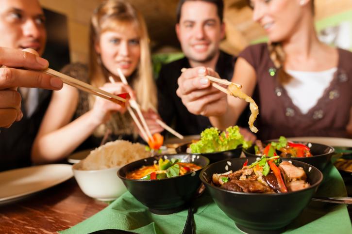 vakantie_uit_eten_restaurant_terras_stedentrip